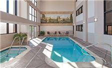 Hawthorn Suites by Wyndham Napa Valley Amenities - Pool