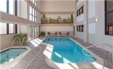 Hawthorn Suites by Wyndham Napa Valley Amenities - Pool