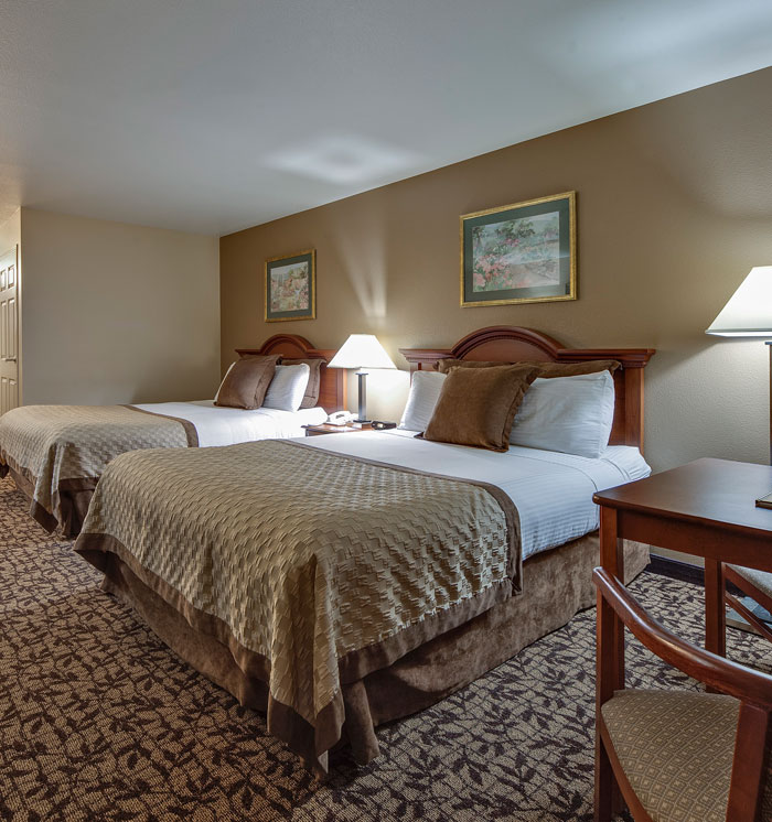 Double Queen Bed Room at Hawthorn Suites by Wyndham Napa Valley